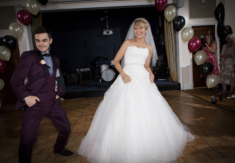 bournemouth wedding - marriott hotel bill sykes 9